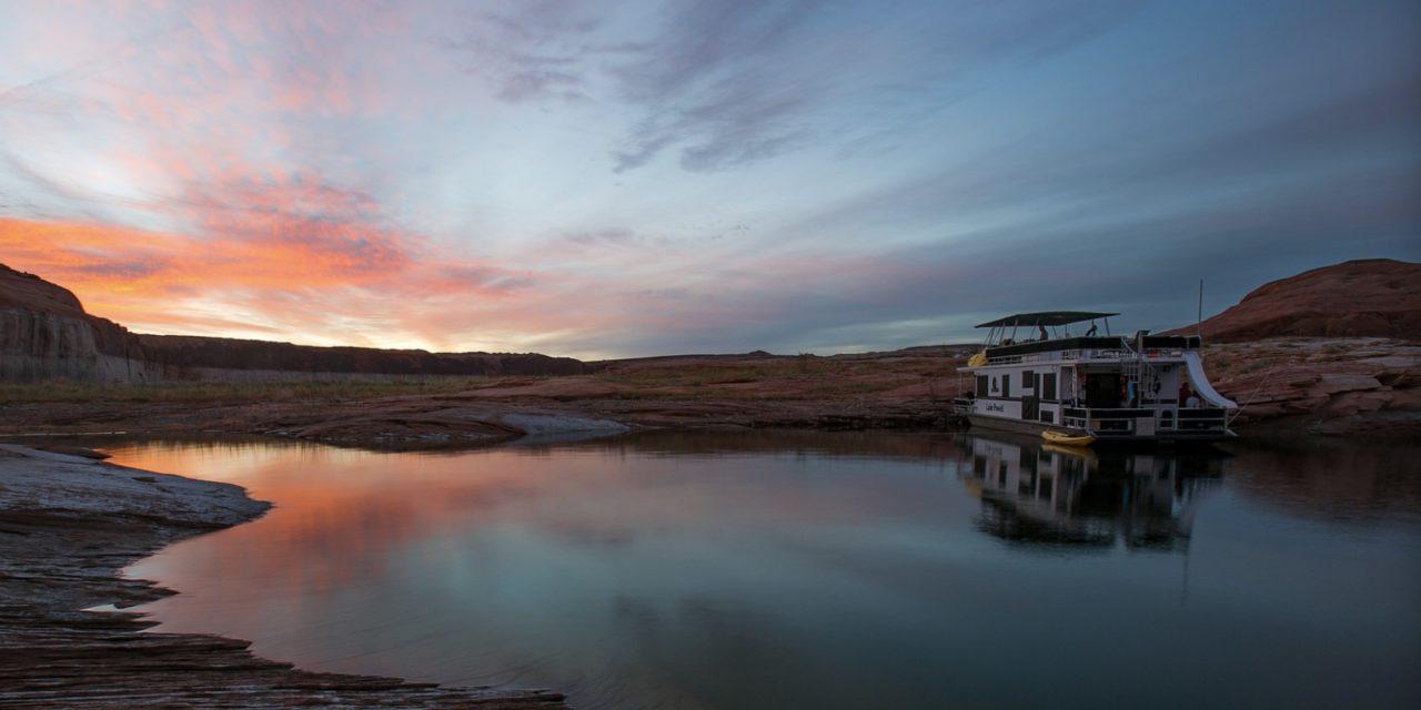 Lake Powell游玩攻略,一日走遍格兰水坝、羚羊峡谷、马蹄湾