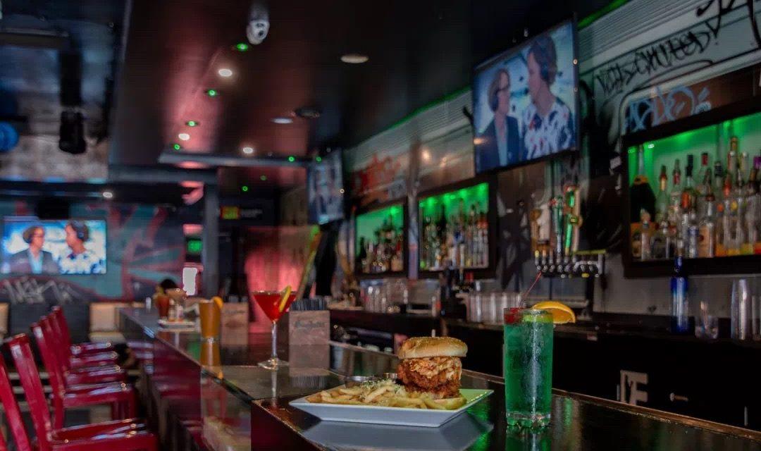 酒馆 | 吧台上流转的不仅是酒,还有百态人生——洛杉矶小众酒馆打卡指南