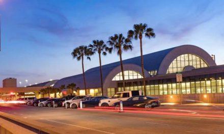 加州沃尔玛配送中心发生致命枪击案!已致两死两伤!加州酒吧再被下关闭令!!