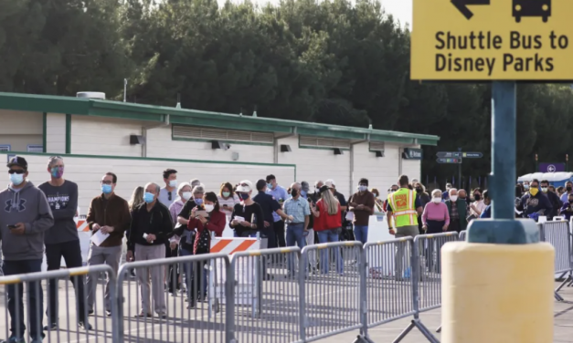 加州迪士尼乐园大门紧闭10个月,如今却……